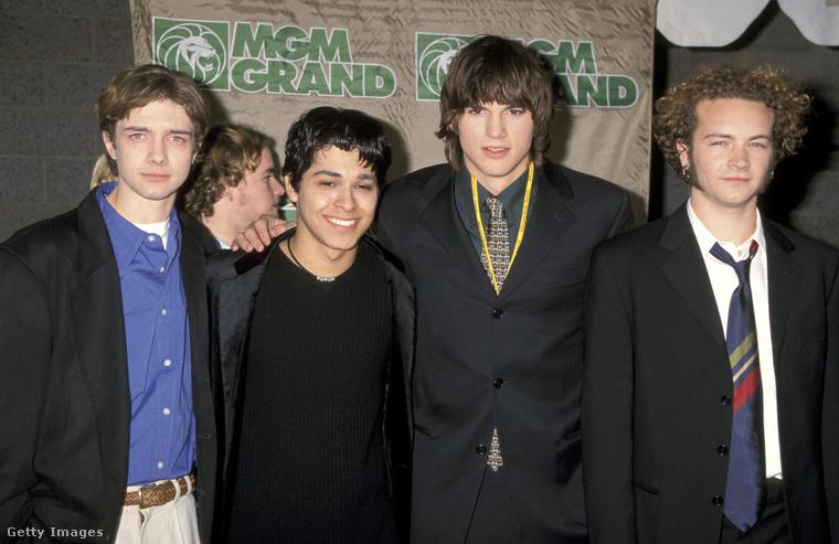 Az Azok a '70-es évek show férfi szereplői 1998-ban, a Billboard Music Awardson. A kép jobb szélén Masterson, a többiek balról: Topher Grace, Wilmer Valderrama, Ashton Kutcher.