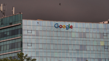 A franciák akkor is odacsapnak a Google-nek meg a Facebooknak, ha Amerika nem akarja