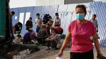 Túl korán örültek Pekingben a normális életnek