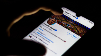 A Facebook eltávolította Trump több hirdetését