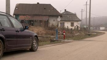 RTL: rabosították a csenyétei romatelep szélén várakozó két mentőst