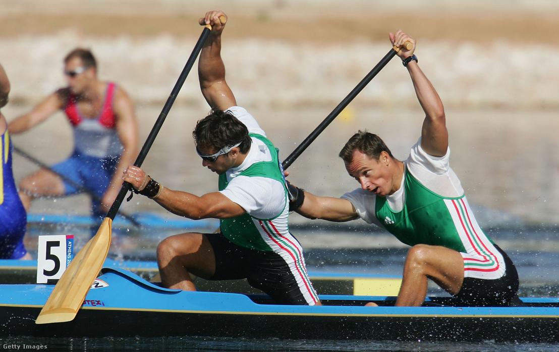 Kozmann György és Kolonics György az 500 méteres középdöntőben Athénban 2004. augusztus 26-án, a döntőben bronzérmet nyertek.