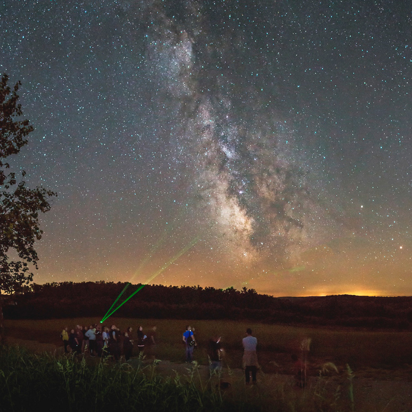 Éjszakai csillagnéző túra a Zselici Csillagparkban.