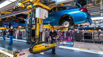 Tízezer dolgozójától szabadulna a BMW?
