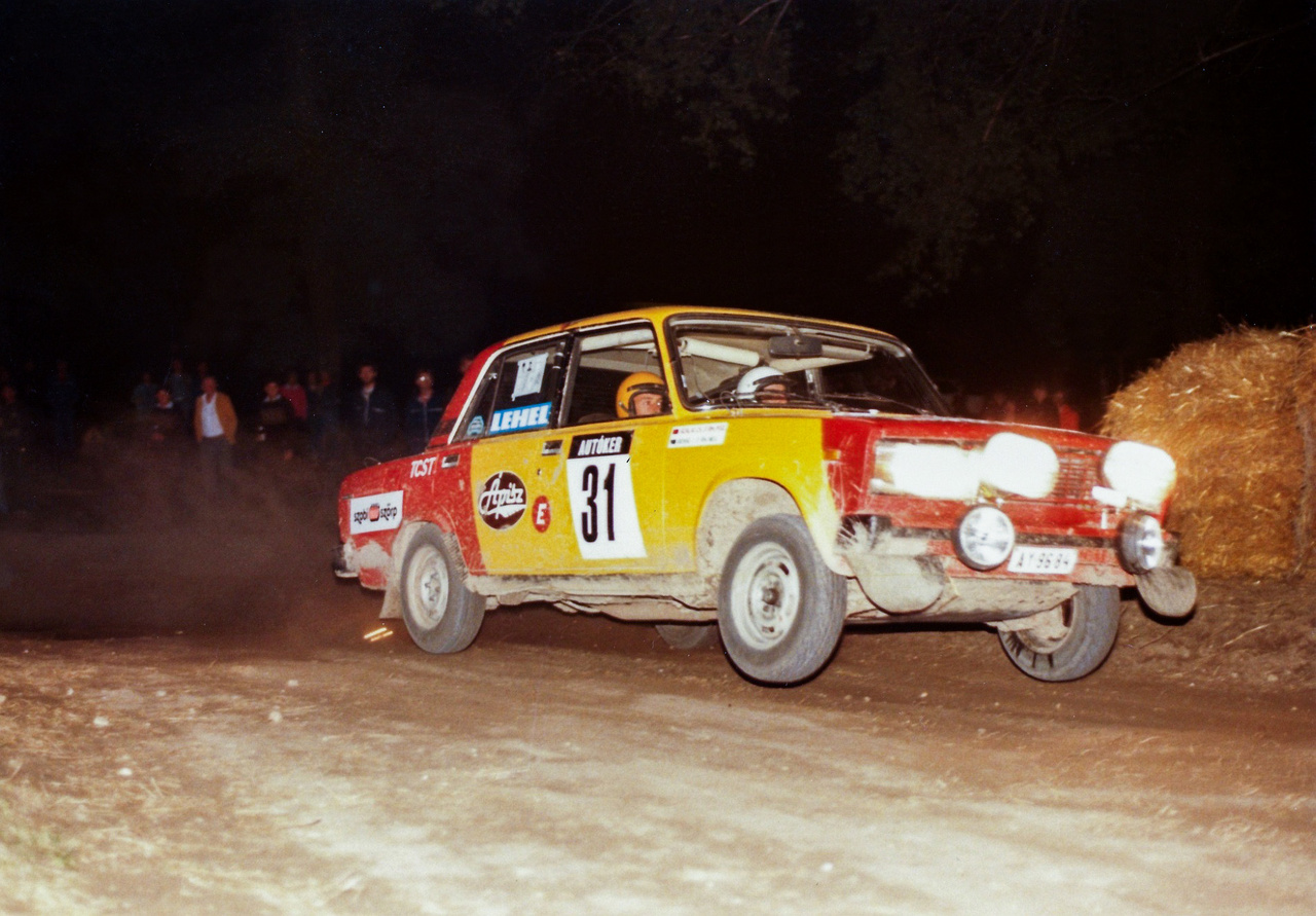 Bense István a kategória bajnoka volt 1987-ben, ez volt a legjobb szezonja. Olyanokkal vívott, mint Budai Béla, Turi Tamás, Poth Gábor - majd a rendszerváltás és az egyesületi világ vége véget vetett a karrierjének, pedig nagyon gyorsnak tartották a mérnök végzettségű versenyzőt