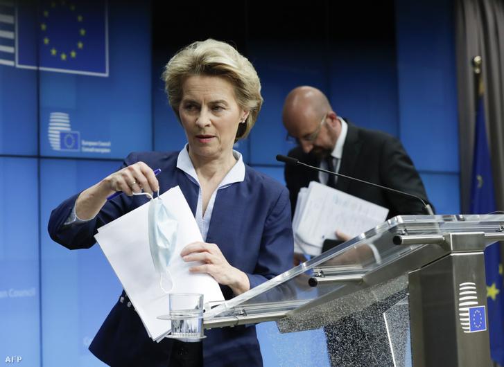 Ursula von der Leyen a videókonferenciát követő sajtótájékoztatón.