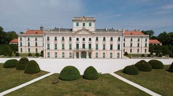 Hétvégén újranyílik Eszterháza és több más vidéki látnivaló