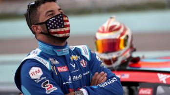Akasztófahurkot tettek a NASCAR fekete versenyzőjének garázsába