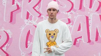 Justin Bieber tagadja, hogy szexuálisan zaklatott egy nőt 2014-ben