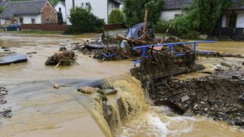 7 éves kislány is meghalt a hétvégi csehországi esőzések miatt