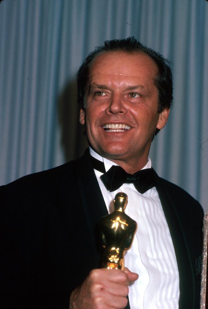 Jack NicholsonA Ragyogás sztárja 37 éves volt, és már sikeres színész, amikor olyan fordulat jött az életébe, amelyhez hasonlóval a legtöbben csak filmekben találkoznak