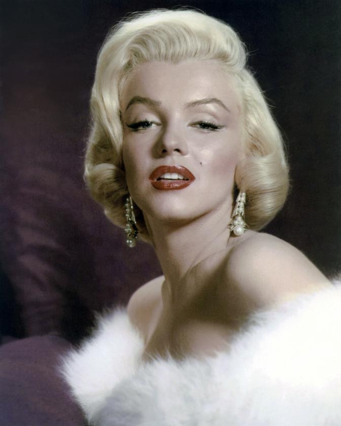 Marilyn MonroeUgyan az '50-es években nem volt nála kívántabb nő Hollywoodban, Monroe egész életét nehézségek kísérték végig