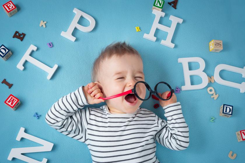 kisgyermek a szemésznél látás 1 75 rossz