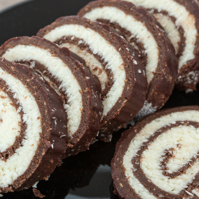Régi kedvenc, kókuszos keksztekercs: sütés nélkül, kevés munkával készült finomság