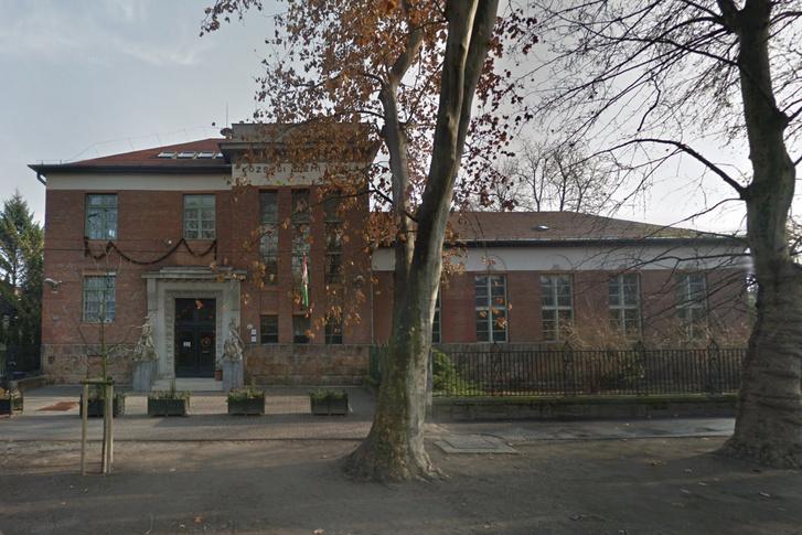 A Dr. Béres József Általános Iskola
