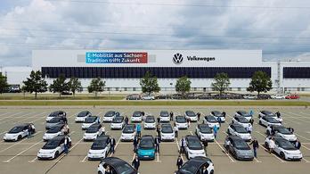 Dolgozóival is tesztelteti az ID.3-ast a VW