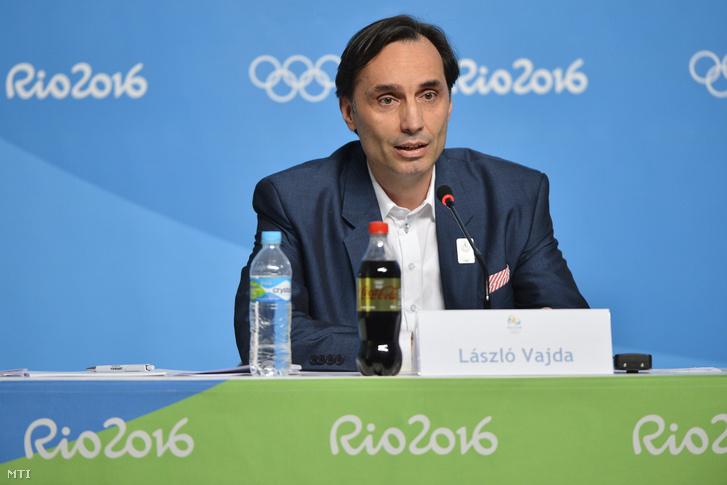 Vajda László a 2024-es budapesti olimpiapályázat operatív bizottságának vezetője a budapesti olimpiai és paralimpiai pályázatról tartott nemzetközi sajtótájékoztatón a Rio de Janeiró-i Olimpiai Parkban 2016. augusztus 16-án.