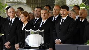 Eltemették Fekete Györgyöt, a Magyar Művészeti Akadémia tiszteletbeli elnökét