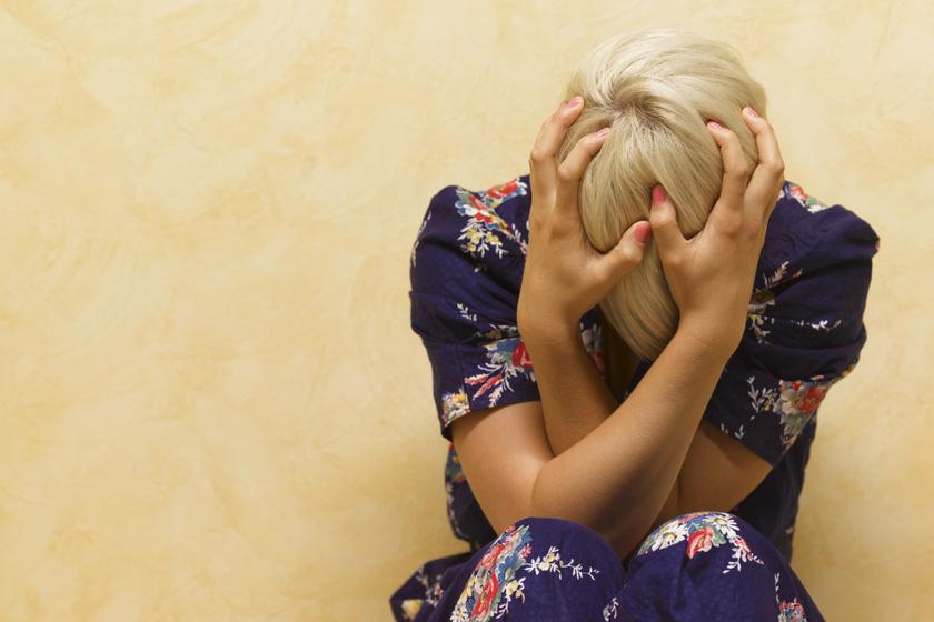 Sokkal rosszabb a migrénnél, mégis gyakran félrediagnosztizálják: a cluster-fejfájás okai