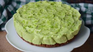 Mentás nyers vegán torta avokádóval és kávés csokiöntettel