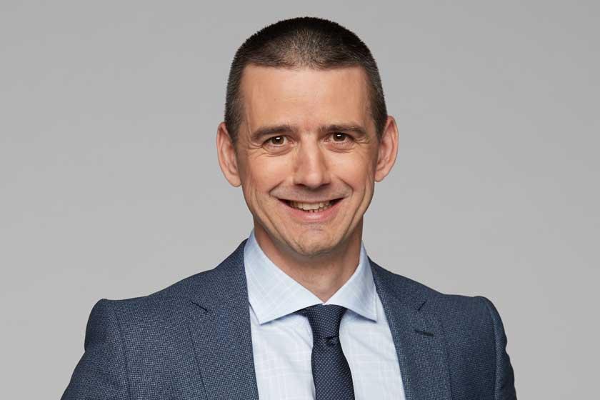 Véber István újra apa lesz - Az RTL Klub időjósa élő adásban jelentette be