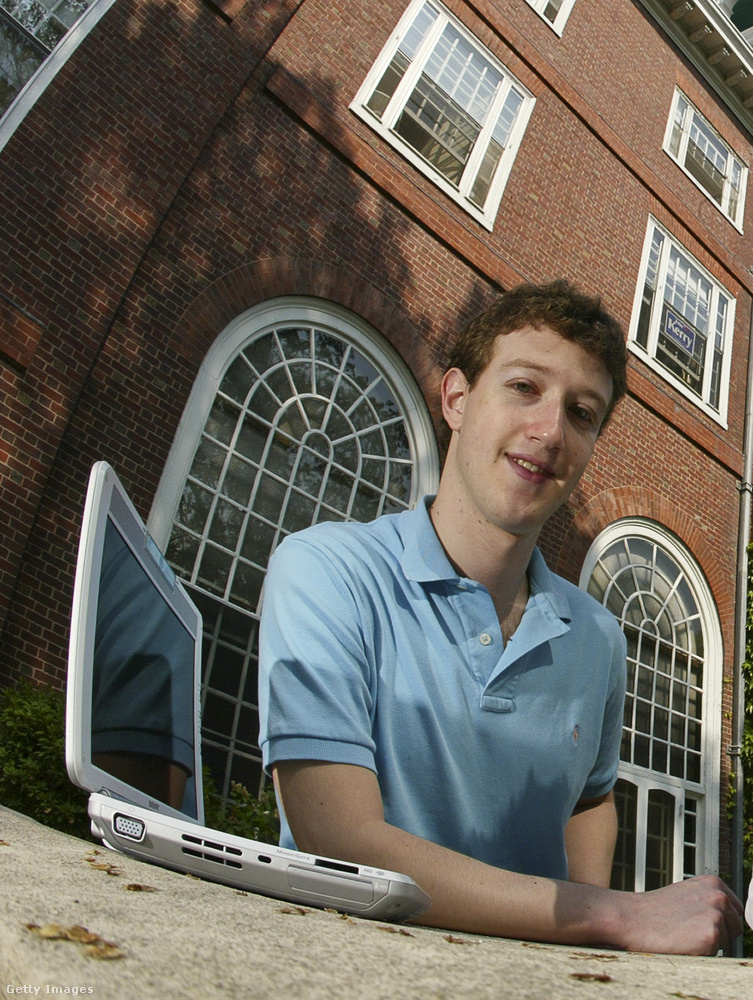 Ez a kép 2004-ben készült, és ön akkor valószínűleg még nem ismerte volna fel, hogy a fotó Mark Zuckerberget ábrázolja