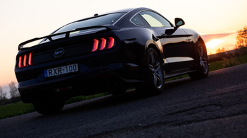 Ford Mustang 5.0 GT – 2020.