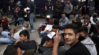 A görög kormány szerint Törökország megint menekülteket indított az EU felé