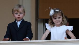 Figyelem, György hercegéknek komoly konkurenciája akadt, ami a cukiságot illeti