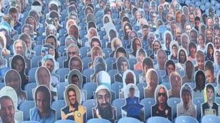 Bin Laden fotója került a Leeds stadionjába