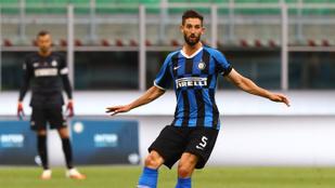 Üres kapus ziccerből az ellenfelet indította az Inter játékosa