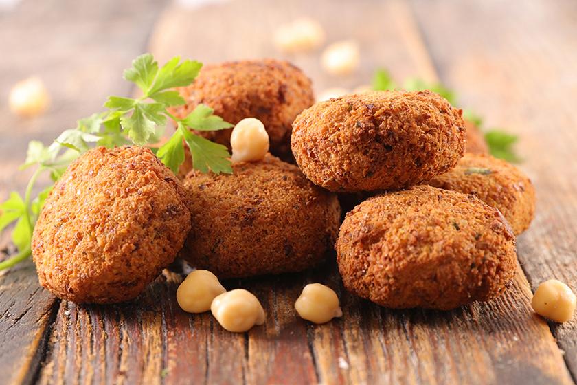 Laktató, fűszeres falafelgolyók – Könnyű nyári vacsora kevés kalóriával