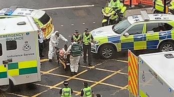 Több embert megkéseltek Glasgow belvárosában, a támadót agyonlőtték
