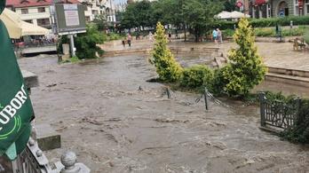 Kora délelőtt óta viharok tomboltak Borsodban, kiöntött a Szinva patak Miskolcon