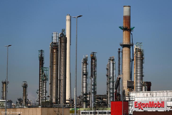 Az Exxonmobil a rotterdami olajfinomítója