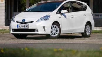 Hibás a Prius hibrid rendszere, visszahívják őket