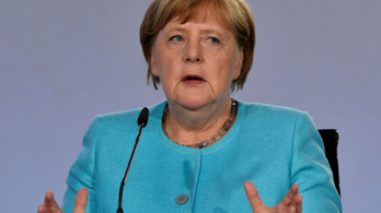 Merkel: A koronavírus továbbra is komoly veszélyt jelent