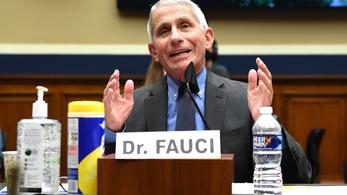 Az oltóanyag ellenére sem bízik az Egyesült Államok a nyájimmunitás kialakulásában