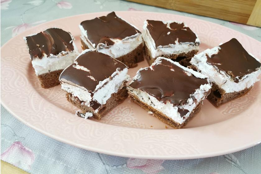 Isteni retró süti a négerkocka – A légies tészta titka a sok tojás