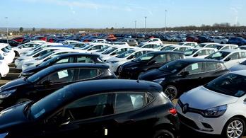 Augusztusban már csak ötödével esett az EU-s autópiac