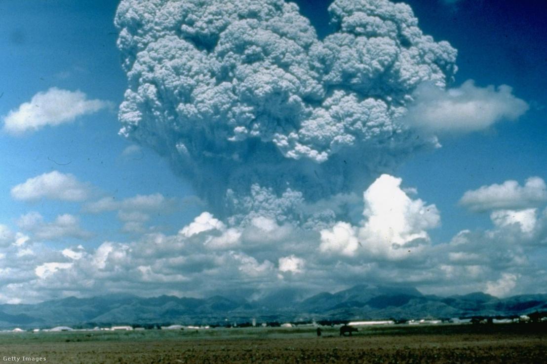 A Fülöp-szigeteki Pinatubo kitörése 1991-ben