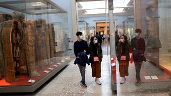 Júliustól újranyithatnak a múzeumok Angliában