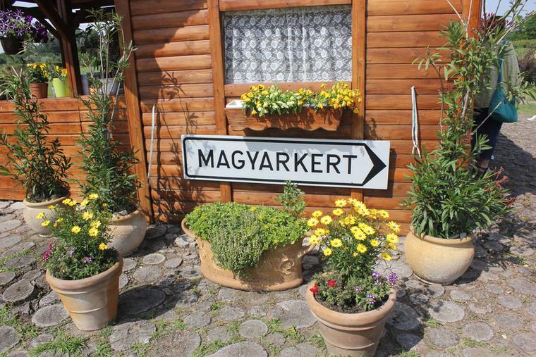 A jakabszállási Magyarkert a térség egyik különleges látnivalója: tulajdonképpen egy 1:1000 méretarányban kialakított domborzati térkép Magyarországról