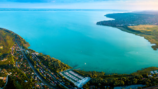 Balaton: északi vagy déli part? Szavazz!