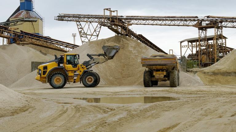 Magánbányákra vetette ki hálóját az állam a veszélyhelyzet alatt