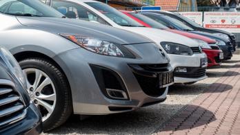 Kezd magához térni a hazai autópiac