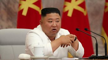 Kim Dzsongun szerint Észak-Korea tökéletesen megakadályozta, hogy bejusson a vírus