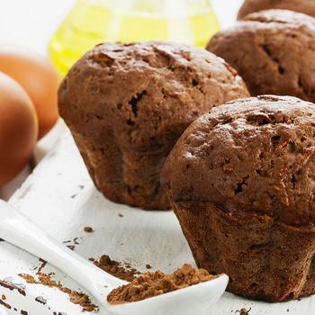 Egyszerű keverem-kavarom muffin – Nagyon puha és szaftos a csokis tészta