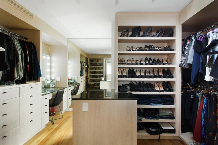 Anna Paquin tudja, hogy a ruháknak és kiegészítőknek nem elég csupán néhány szekrény