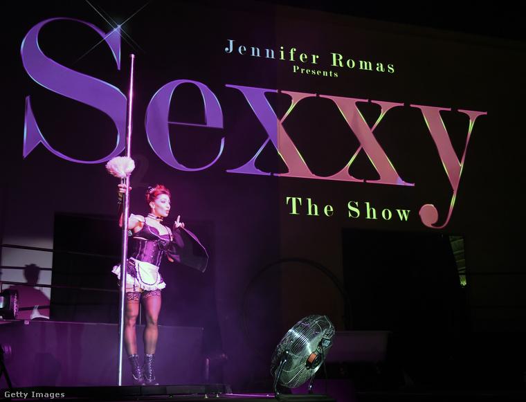 Újraindult egy tipikus Las Vegas-i látványosság: a Sexxy című vetkőzősműsor